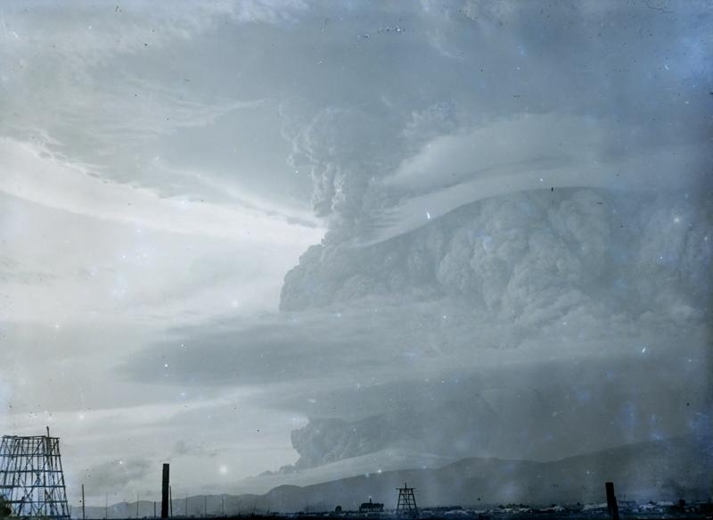 コラムリレー(第9回) 函館港のパノラマ写真-明治25年11月6日写-_f0228071_13575950.jpg