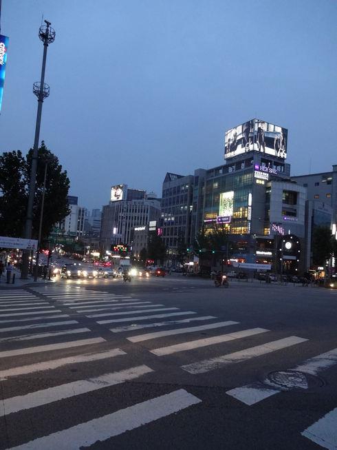 9月 ソウル旅行 その6 清潭洞で家庭的なお味~2PMおススメの「コルモッ食堂」♪_f0054260_8394838.jpg