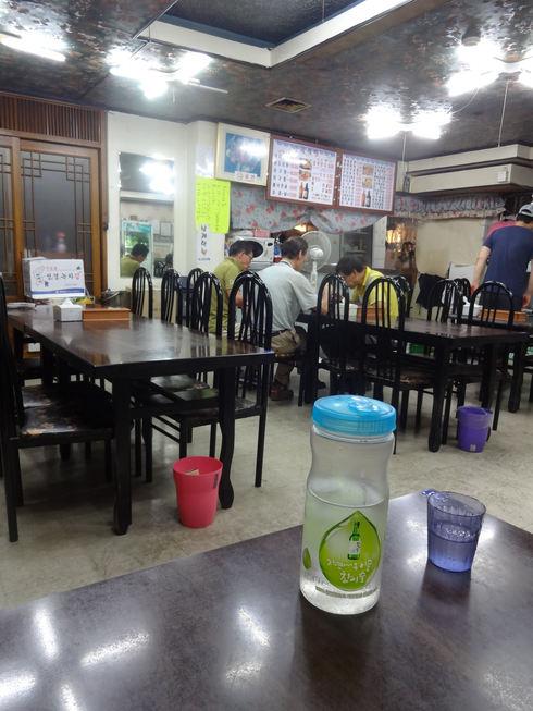 9月 ソウル旅行 その6 清潭洞で家庭的なお味~2PMおススメの「コルモッ食堂」♪_f0054260_842613.jpg