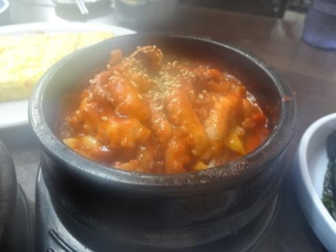 9月 ソウル旅行 その6 清潭洞で家庭的なお味~2PMおススメの「コルモッ食堂」♪_f0054260_8452275.jpg