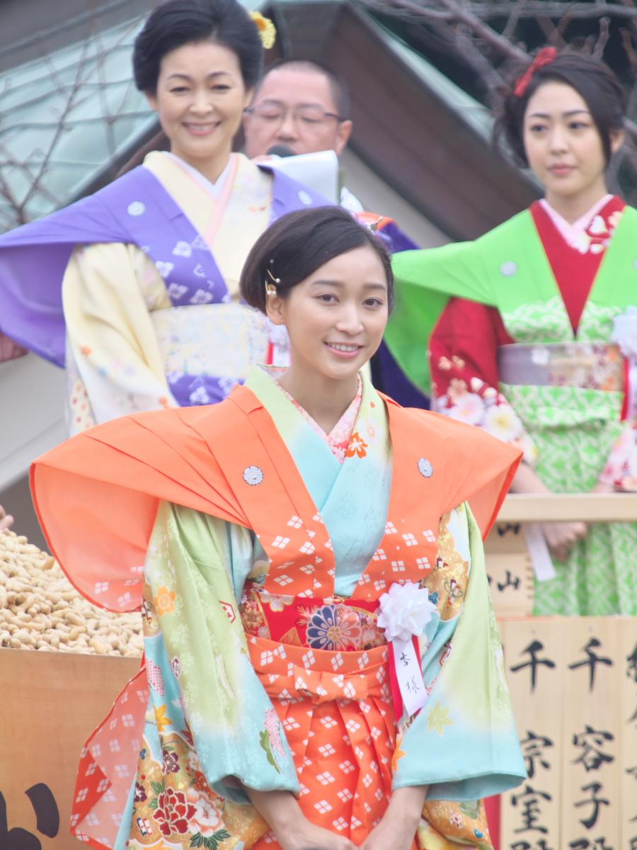 成田山節分祭<杏>_f0021869_2258362.jpg