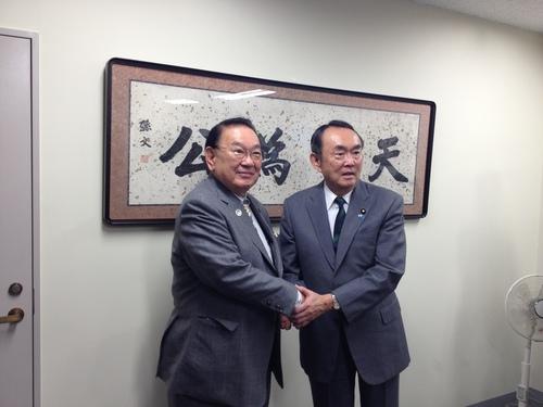 日本維新の会第2回党大会に行ってきました。_c0148581_13194588.jpg