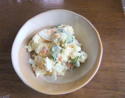 玉ねぎ、ジャガイモ...保存野菜の手入れ..._b0137932_16411572.jpg