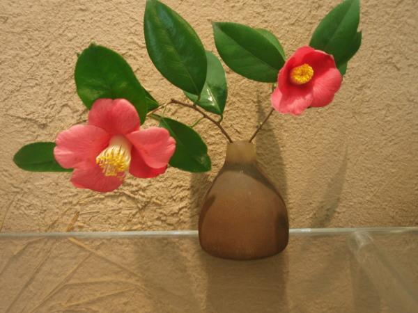 五十嵐智一さんガラスの花器たち_b0132442_15334050.jpg