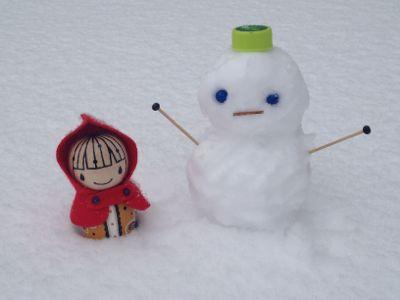 ずきんちゃんと雪だるまとホットワイン_e0239908_1763427.jpg