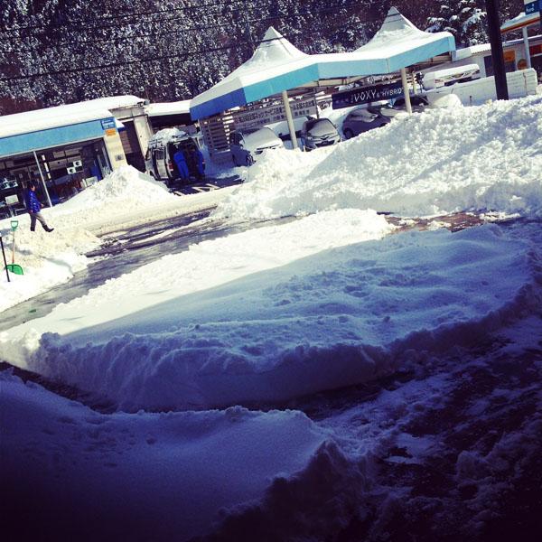 雪との戦い!!_c0097116_15383636.jpg