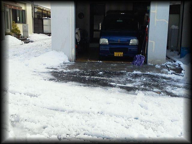 「 大雪・・・ 」_b0133126_1240448.jpg