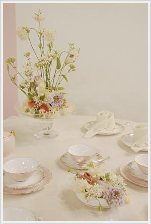 【テーブルウェアフェスティバル】花とテーブル_d0217944_23453778.jpg