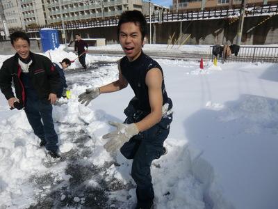 雪はつらいよ…_e0114857_11472322.jpg