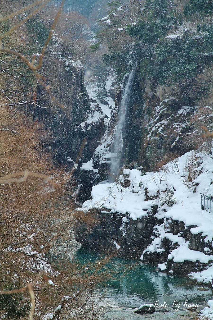 寒の滝_f0297537_162815100.jpg
