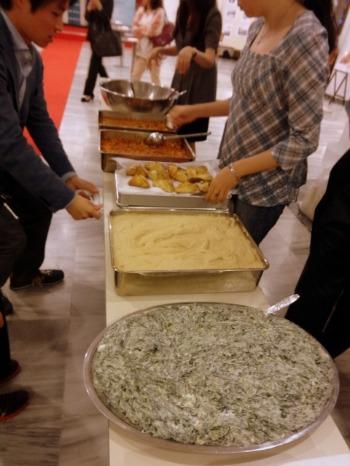 東京ジャーミィ「タタール料理イベント」_b0127948_1674680.jpg