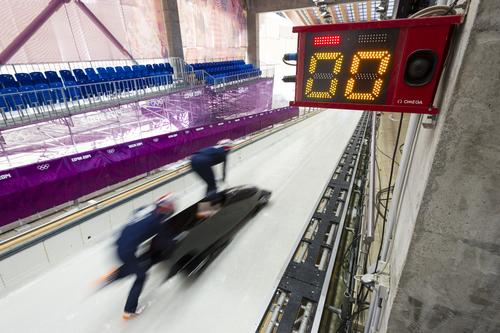ソチ五輪公式計時を担当するオメガが、 ボブスレーの計時ツアーを実施_f0039351_16485652.jpg