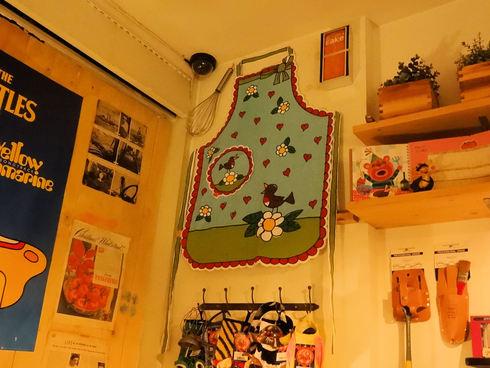 9月 ソウル旅行 その7 清潭洞で美味しいキャロットケーキ♪JIYUGAOKA 8丁目♪_f0054260_8395364.jpg