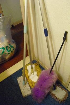 洗面所の下。_b0320131_04262768.jpg