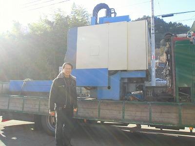 機械搬入日_a0272042_17354854.jpg