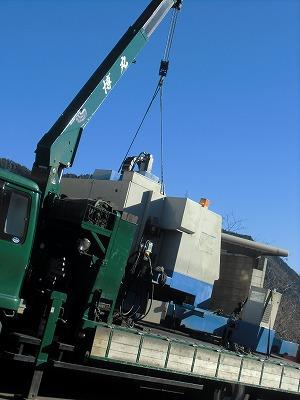 機械搬入日_a0272042_1737878.jpg