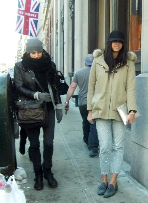 NYファッション・ウィーク開催中の街角には、お洒落な方々がいっぱい_b0007805_11532534.jpg