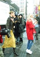 NYファッション・ウィーク開催中の街角には、お洒落な方々がいっぱい_b0007805_11533533.jpg