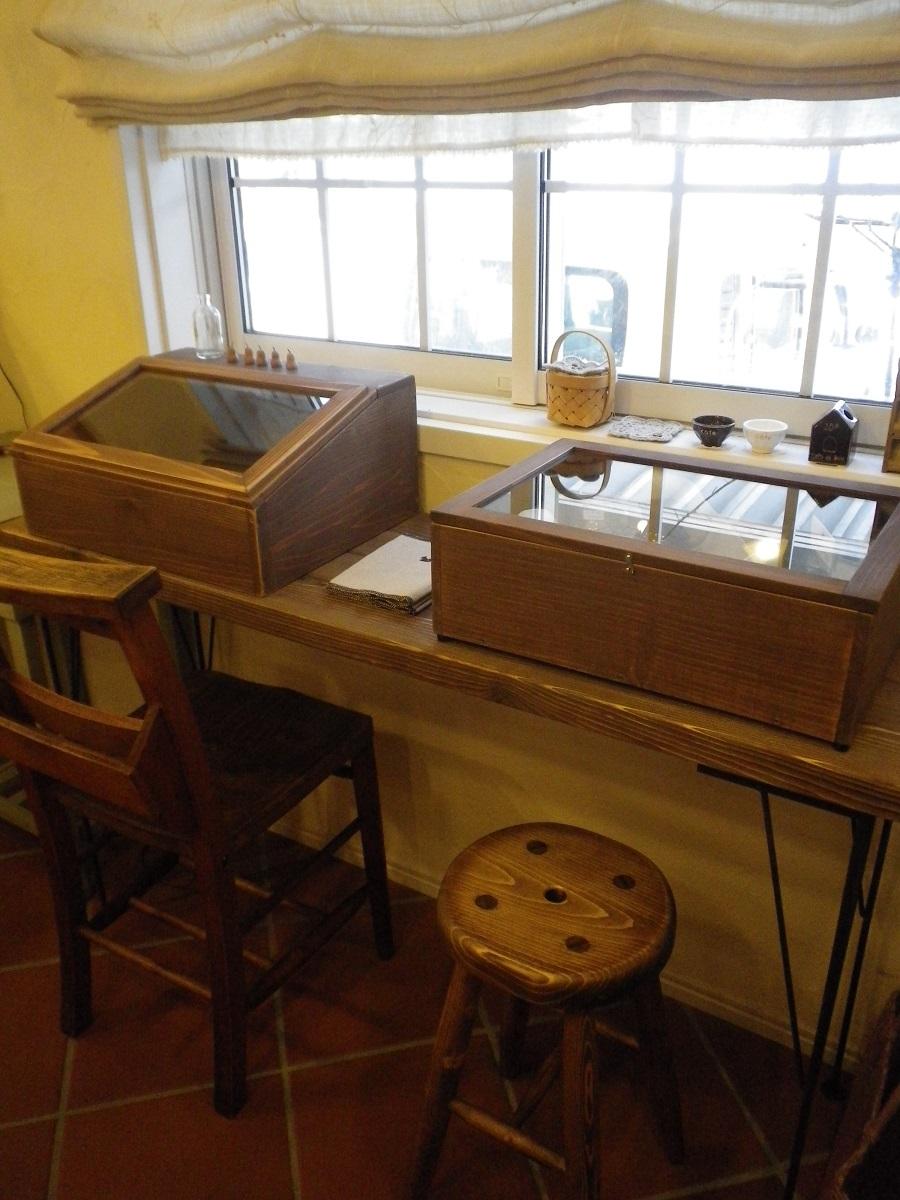 手作り家具_e0086738_19425758.jpg