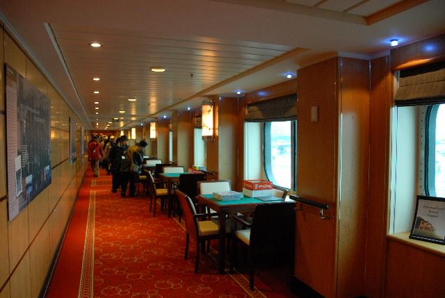 Queen Mary2 2009 寄港  part8 final_e0152866_9473178.jpg