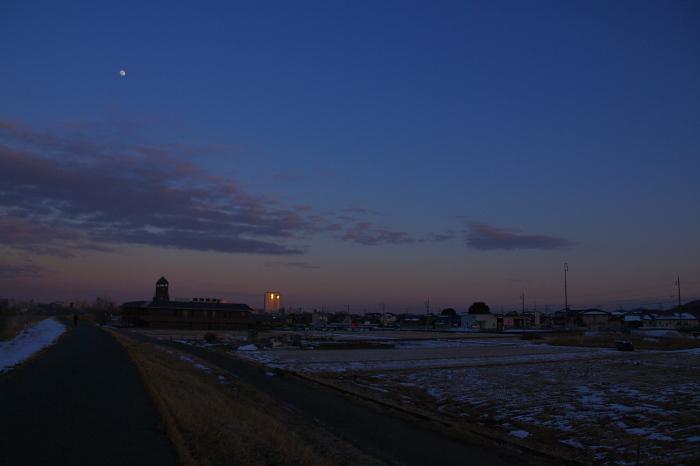 今日の碓氷河畔夕暮れ散歩_e0292469_18183054.jpg