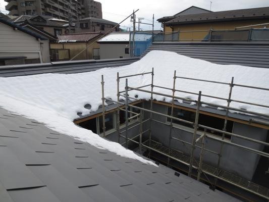 朝霞の家 建具枠自主塗装完了_c0310571_11045905.jpg