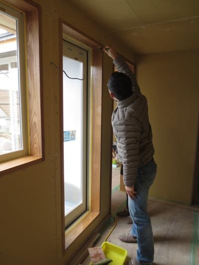 朝霞の家 建具枠自主塗装完了_c0310571_11055515.jpg