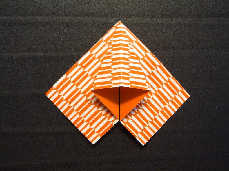 折り紙の動くハート cuore che batte ♡ Origami Ⅺ_b0246303_06391738.jpg