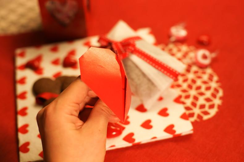 折り紙の動くハート cuore che batte ♡ Origami Ⅺ_b0246303_06510586.jpg