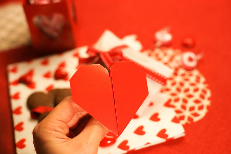 折り紙の動くハート cuore che batte ♡ Origami Ⅺ_b0246303_06570680.jpg