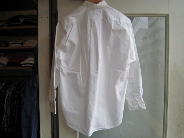 ホワイトシャツ_a0182112_1623935.jpg