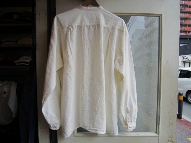 ホワイトシャツ_a0182112_16564286.jpg