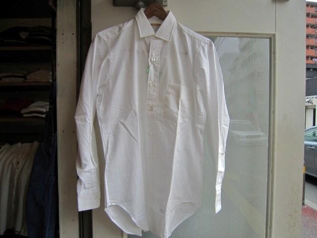 ホワイトシャツ_a0182112_17105849.jpg