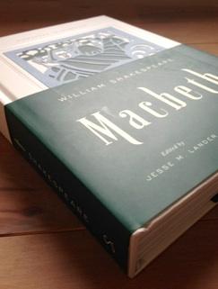 Macbeth(マクベス) (Signature Shakespeare)_b0087556_17223100.jpg