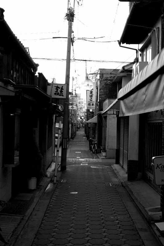 京都・六条通り_a0157263_07174207.jpg