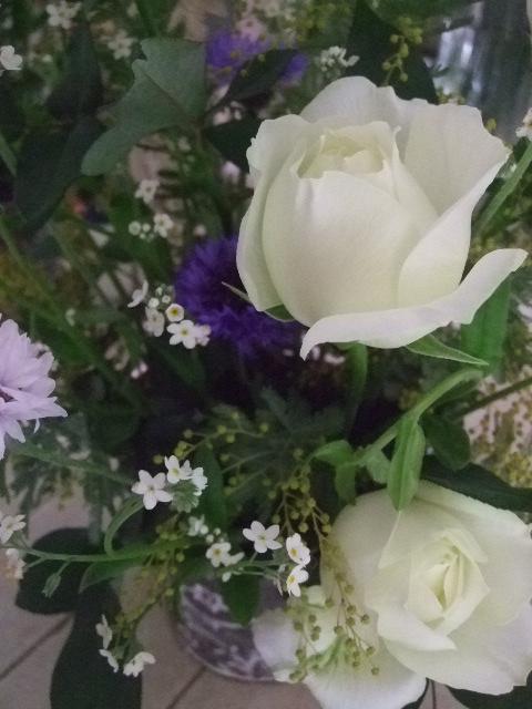 オークリーフ花の教室(出口さんの作品)_f0049672_1739095.jpg