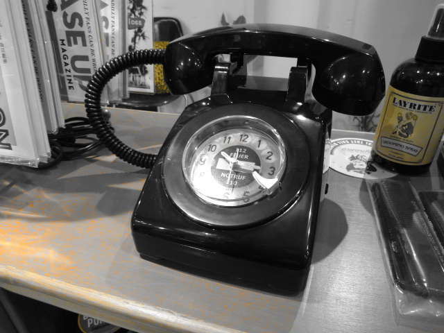 Phone? Alarm Clock_c0289919_1851249.jpg