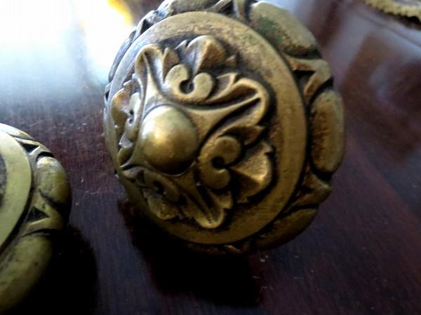 ブロンズ丸型戸棚のドア取っ手3、4_f0112550_18462136.jpg