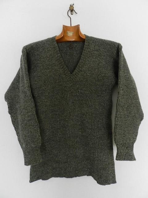 Swedish army 40\'s v-neck knit_f0226051_13303325.jpg