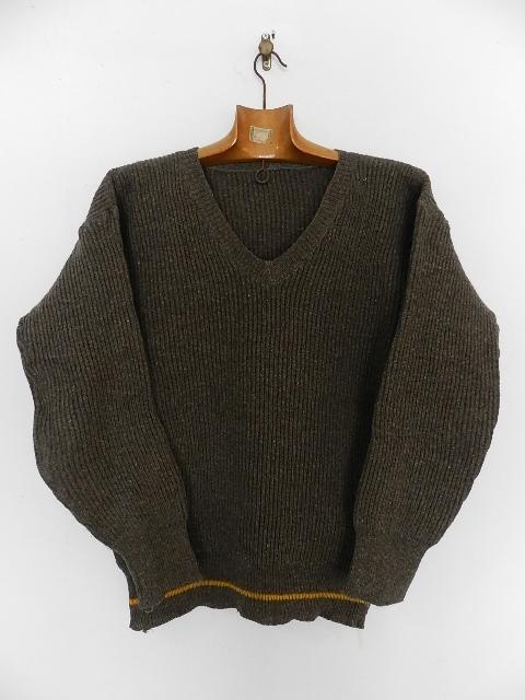 Swedish army 40\'s v-neck knit_f0226051_13321555.jpg