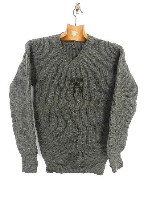 Swedish army 40\'s v-neck knit_f0226051_1335327.jpg