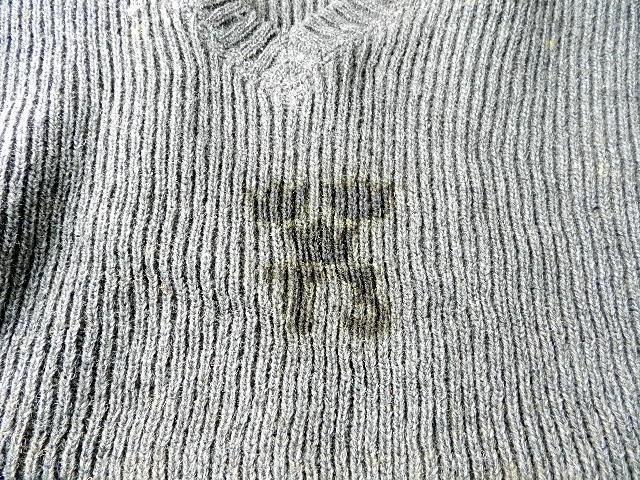 Swedish army 40\'s v-neck knit_f0226051_1336688.jpg