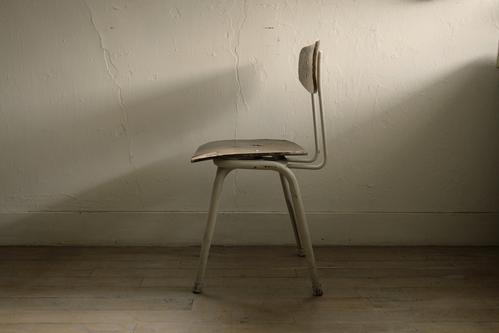 「本と椅子さえあれば ―未 草 暮しの内と外―」作品のご紹介1。_e0060555_1514420.jpg