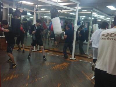 ボクシングを楽しんで!_a0134296_0114642.jpg