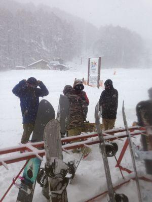 記録的な大雪です、、、_f0229217_2248131.jpg