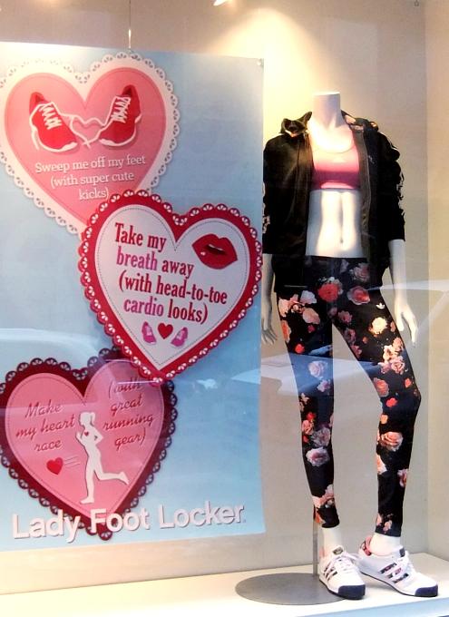 NYのバレンタインならではのお店のディスプレイいろいろ_b0007805_11532215.jpg