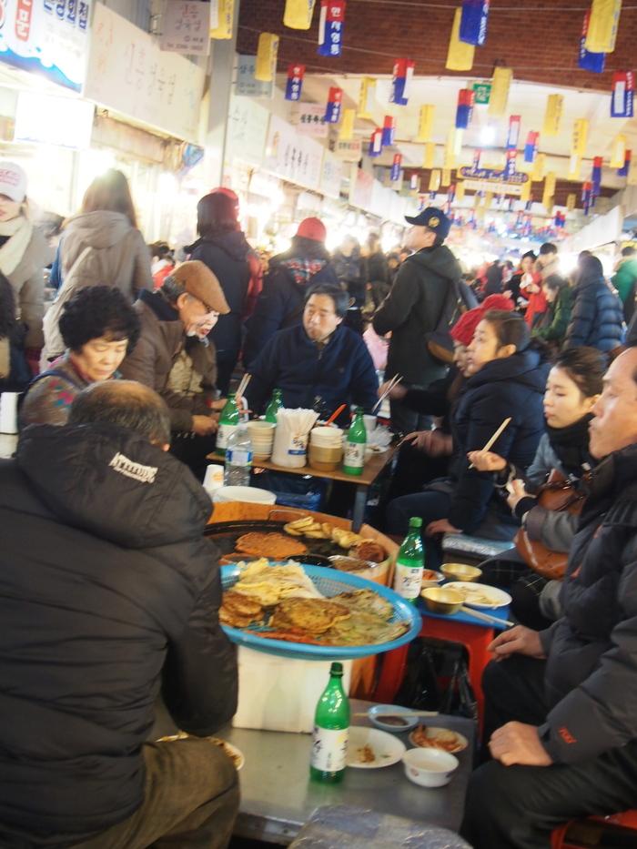 2014 2月 ソウル (13) 初日夜の広蔵市場 と ちょっとお知らせ_f0062122_12183938.jpg