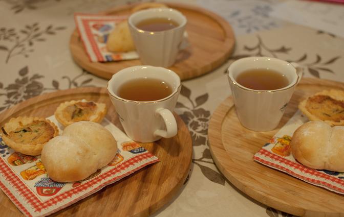 桃饅頭&大根餅、キッシュ&コルネレッスン_a0175348_2033539.jpg