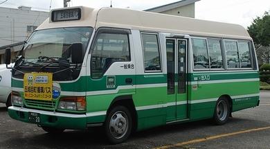 秋田中央トランスポート  いすゞ KK-NPR71LZ +西工_e0030537_23453375.jpg