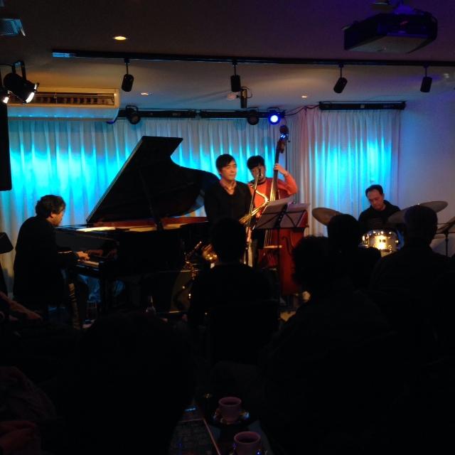 Jazzlive Comin 広島 薬研堀  本日火曜日のライブ_b0115606_1136373.jpg